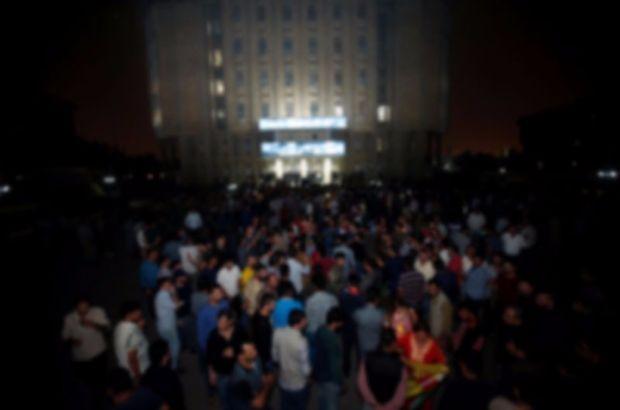 KYB ve Goran partilerinin binaları ateşe verildi