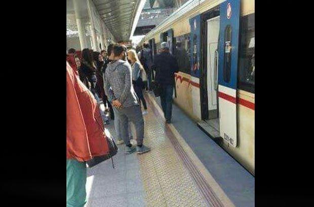 İzmir'de İZBAN treninde arıza