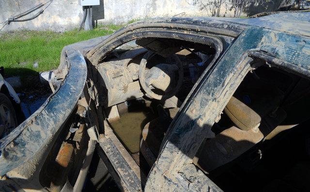 Barajdan çetenin cinayet garajı çıktı