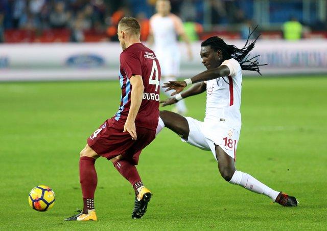 Gomis, Trabzonspor maçında bayılabilir nedeniyle oyundan çıktı iddiası!