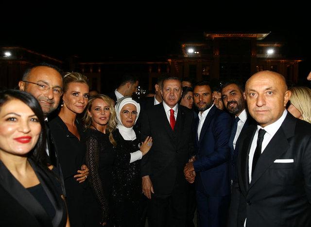 Cumhurbaşkanı Recep Tayyip Erdoğan'dan Ece Erken'e: Alişan'ı niye evlendiremedin?