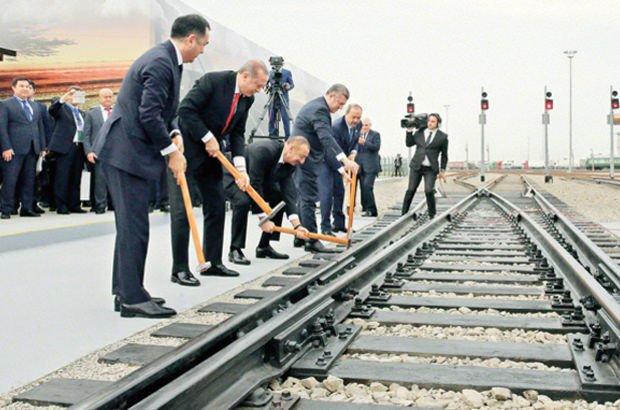 Bakü-Tiflis-Kars demiryolu hattı ile yük taşıma süresi de en az 33 gün kısaldı