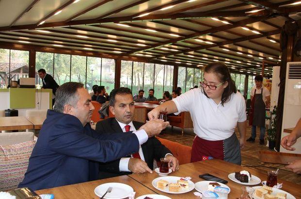 Kusursuz Kafe'ye 'Yılın en başarılı sosyal sorumluluk projesi' ödülü