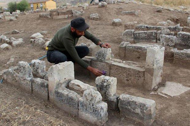 Hasankeyf'te Artuklu Dönemi'ne ait 60 mezar bulundu