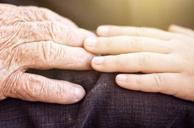 Amerikalı bilim insanları açıkladı: Yaşlanmayı önlemek matematiksel olarak imkansız
