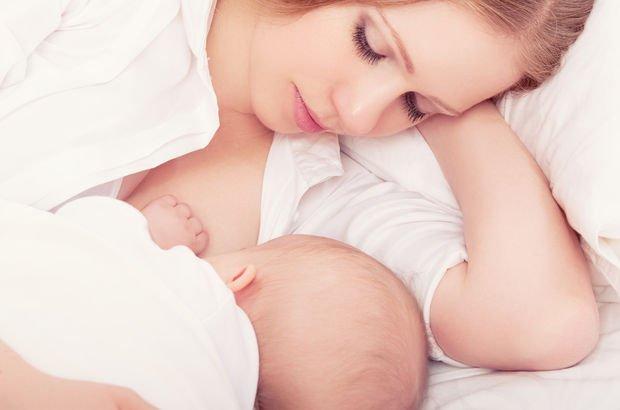 Emzirmek bebekleri ani ölümden koruyor!