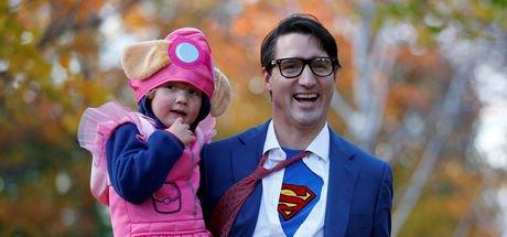 Kanada Başbakanı Justin Trudeau Süpermen oldu