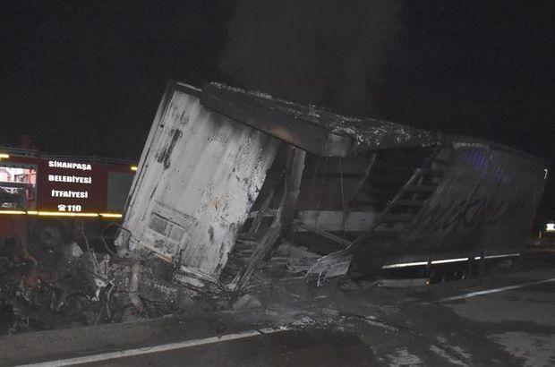 3 TIR'ın karıştığı kazada çıkan yangında 3 sürücü yaşamını yitirdi