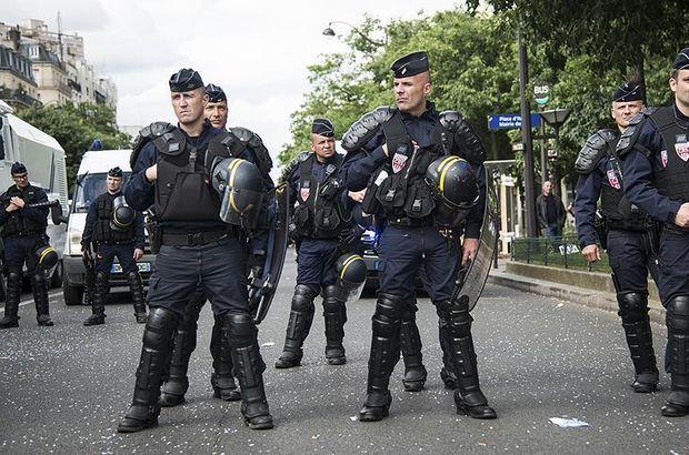 Fransa OHAL bilançosunu açıkladı! 19 ibadethane kapatıldı