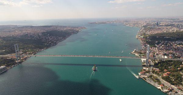 """""""İstanbul'da 600 bin bina yıkılıp yeniden yapılacak"""""""