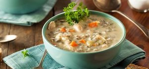 Sebzeli tavuk çorbası nasıl yapılır? Sebzeli tavuk çorbası tarifi ve malzemeleri