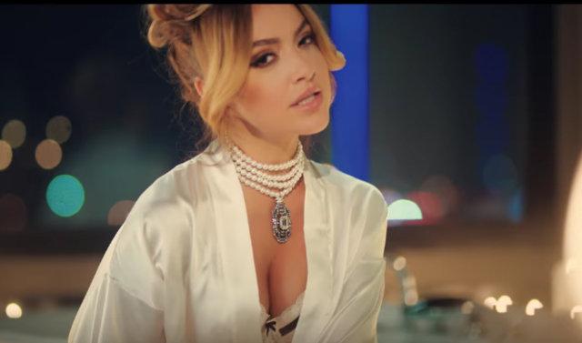 Hadise'den Sıfır Tolerans şarkısına çektiği seksi klip