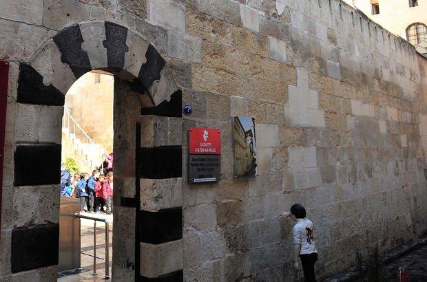 Atatürk'ün hatıraları Gaziantep'te nüfusta kayıtlı olduğu mahallede yaşatılıyor
