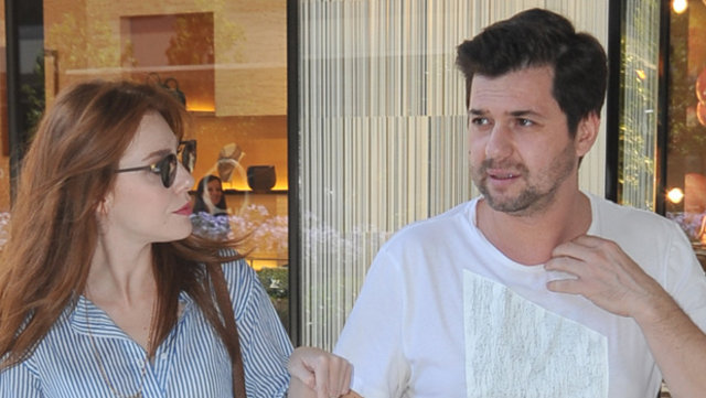 Yunus Özdiken, Barış Arduç ile aynı filmde rol alan sevgilisi Elçin Sangu'nun öpüşme sahneleriyle ilgili konuştu