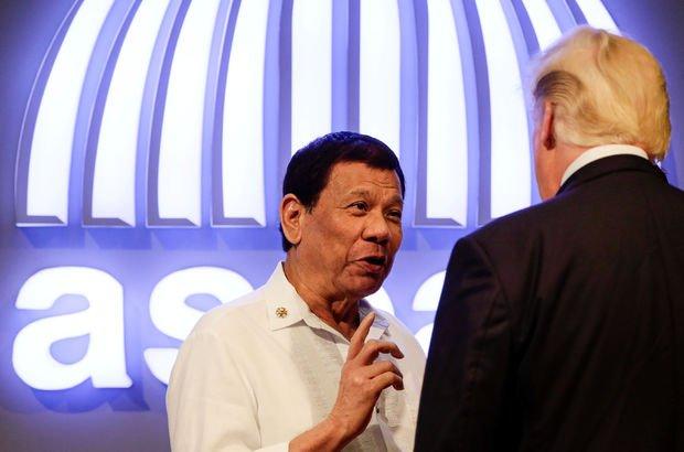 Trump ile Duterte arasında 'el tutuşma' krizi!