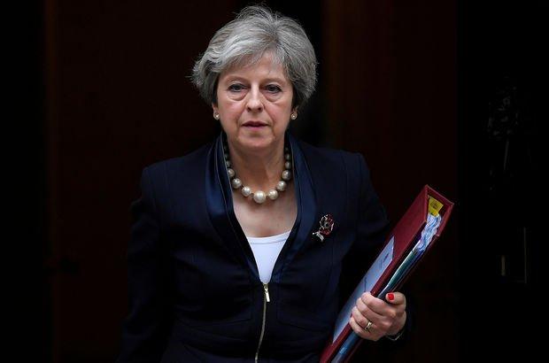 İngiliz Başbakan'dan Rusya'ya mesaj: Ne yaptığını biliyoruz, başaramayacaksın!