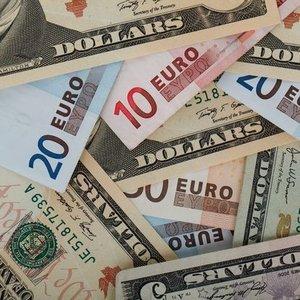 EURO REKOR KIRDI, DOLAR HAFİF ÇIKIŞTA! İŞTE SON RAKAMLAR