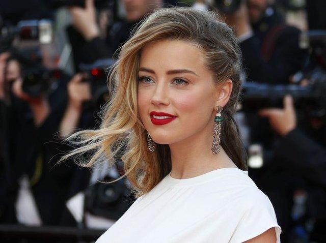 Amber Heard: Hem kadınlarla hem de erkeklerle birlikte oldum