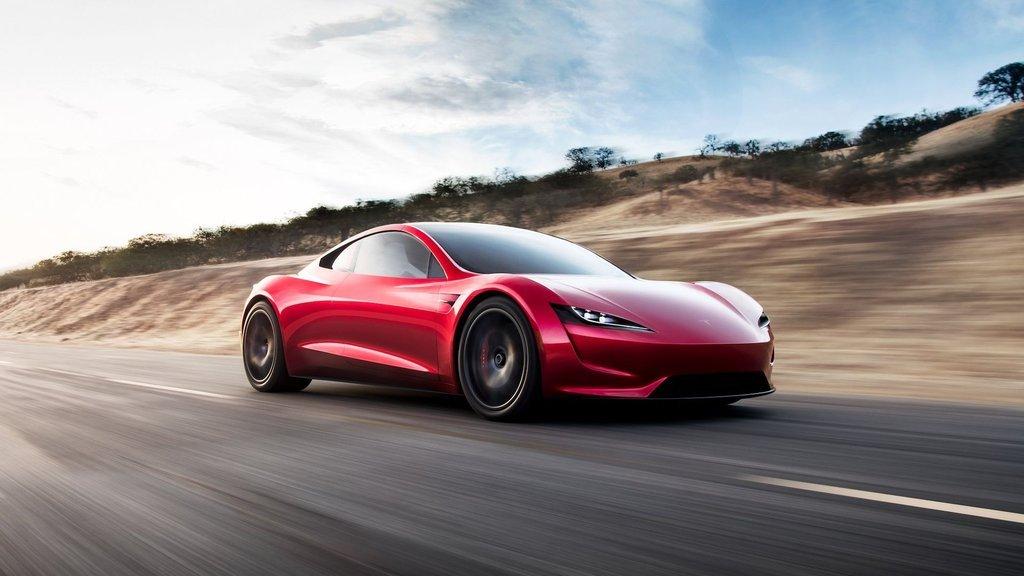 Tesla Roadster asfalta indi! İlk video geldi
