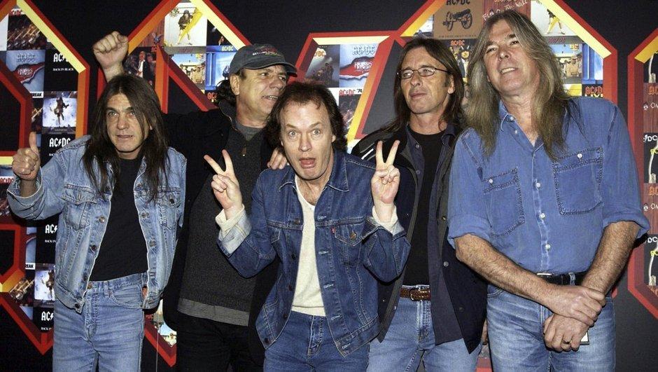 Efsane grubun gitaristi hayatını kaybetti