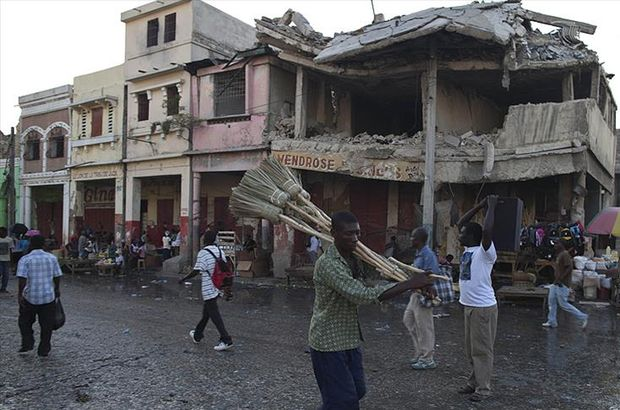 Trump'tan Haiti'li göçmenlere 18 ay mühlet!