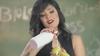 Klibinde 'erotik şekilde muz yiyen' Mısırlı şarkıcı gözaltında