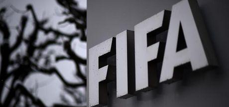 FIFA'dan eski üyelerine men cezası