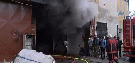Bakırköy'de depoda yangın