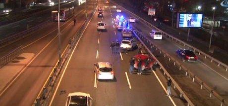 Son dakika.. E-5 karayolu Mecidiyeköy mevkiinde zincirleme kaza
