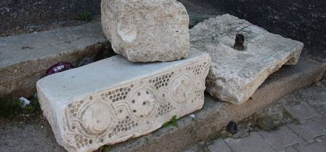3 bin 200 yılık Luvi tableti güvenlik kamerası ile korunmaya başlandı
