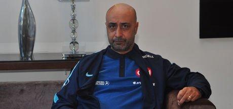 Tolunay Kafkas: Türk futbolunun kurtuluşu genç oyuncunun gelişiminde