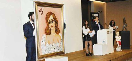 """Fahrelnissa Zeid'in """"Feminity"""" tablosu 1 milyon 260 bin TL'ye satıldı"""