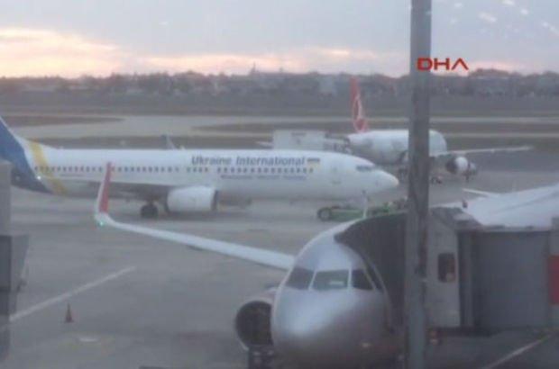 Ukrayna uçaklarına bomba ihbarı! 3 saat süren arama sona erdi