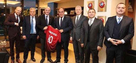 FIFA Başkanı Infantino, TFF'yi ziyaret etti