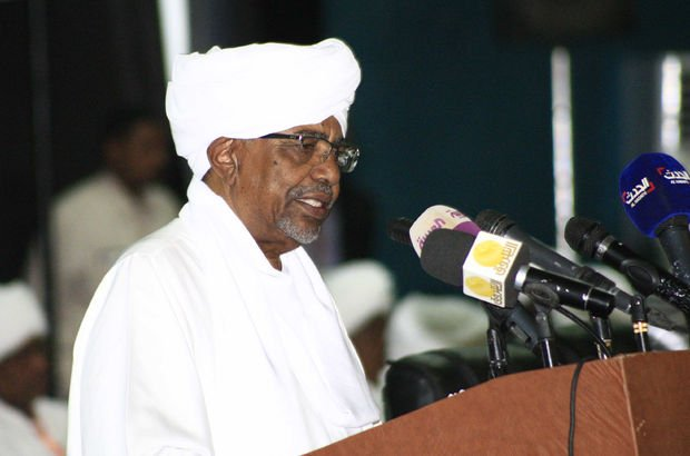 Sudan Devlet Başkanı: Sudan'ın iki devlet olarak bölünmesinin nedeni ABD