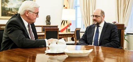 Almanya'da SPD'den koalisyon görüşmelerine yeşil ışık!