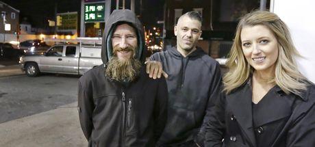 10 bin dolar yardım istenen evsiz Johnny Bobbitt için 290 bin dolar toplandı