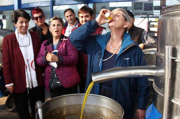 """Prof. Canan Karatay 7'den 77'ye herkese önerdi: """"Su içer gibi için"""""""