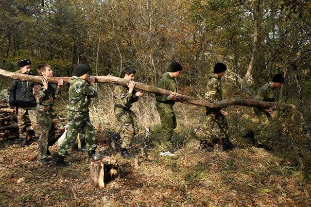 Rusya'da çocuklara 'askeri ve vatani eğitim'!