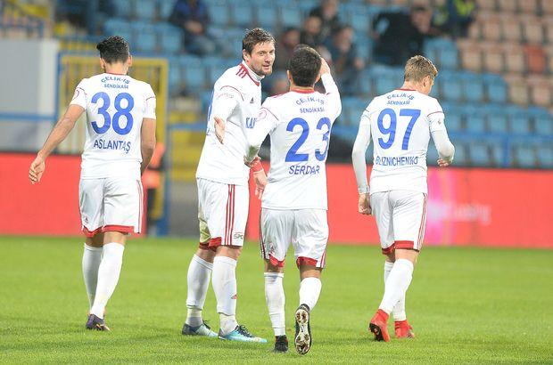 Karabükspor 2 golle