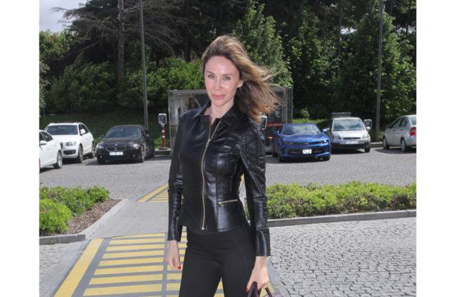 Demet Şener, Edvina Sponza'ya 6 ay yaklaşamayacak