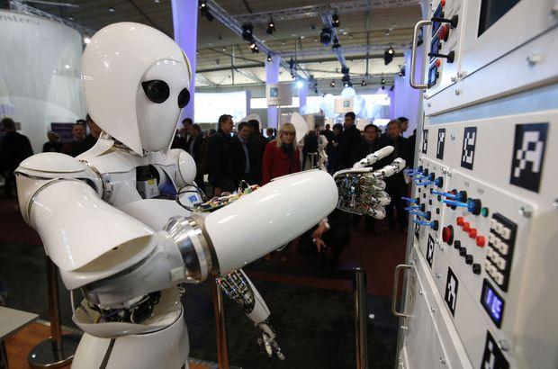 Robotlar işsizlik yapay zekâ