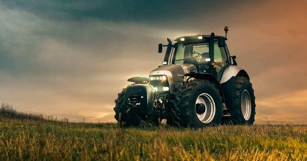 55 yıl önce traktörle başlamışlardı! Şimdi spor araba efsanesi