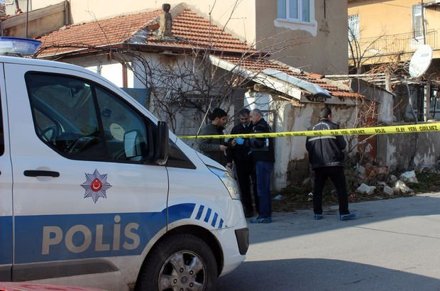 Açılan ateş sonucu 15 yaşındaki kız çocuğu vuruldu