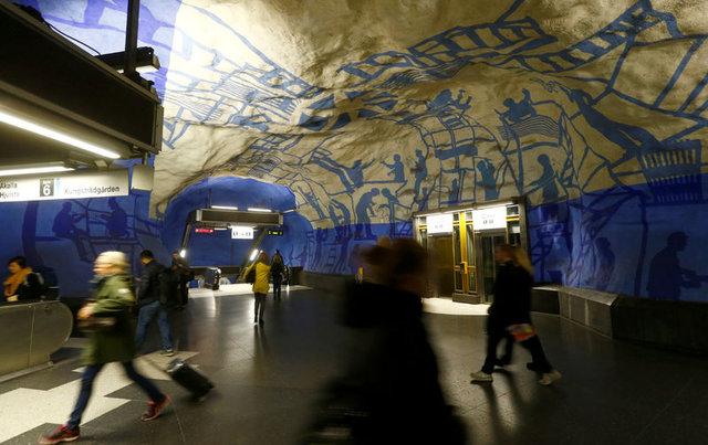 Dünyanın dört bir yanından en güzel metro istasyonları