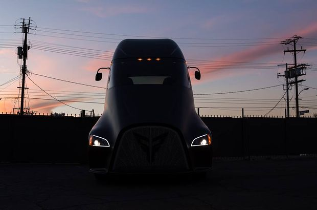 Tesla'ya Avrupa'dan 'şimşek' gibi rakip