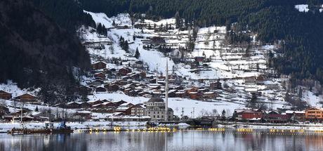 Trabzon Uzungöl yılbaşı tatilinde turistleri bekliyor