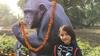 Hindistan'ın en yaşlı şempanzesi için renkli doğum günü partisi