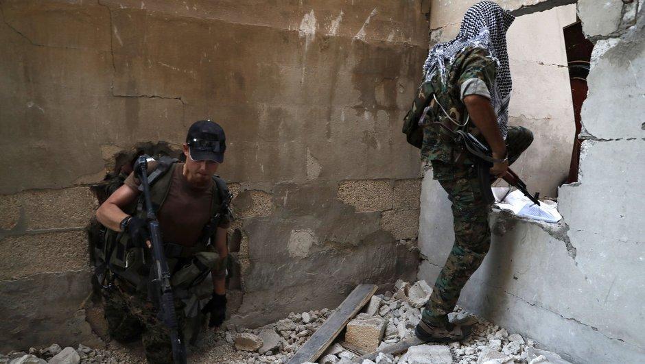 Rusyadan flaş iddia: ABD, Yeni Suriye Ordusunu kuruyor!