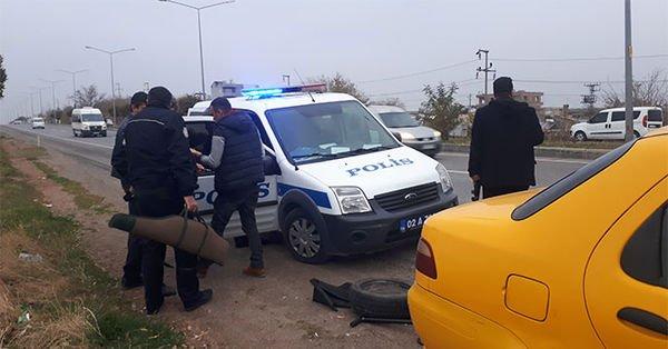 Adıyaman'da silah yüklü araba ihbarı polisi alarma geçirdi